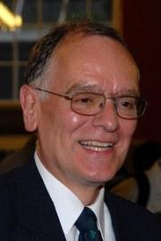 Prof. i.R. Dr. Peter Walter †